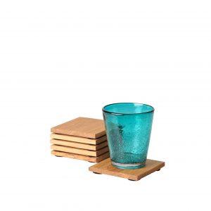 Glasuntersetzer Eichenholz mit einem Glas