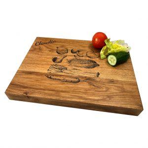 Gemüseschneidebrett mit Holzgravur