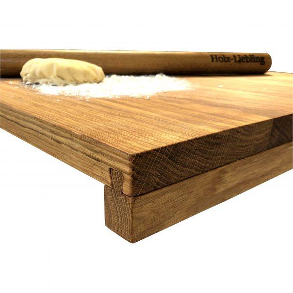 Backbrett und Teigrolle mit Holzgravur