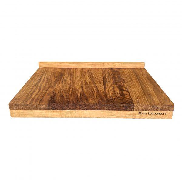 Holzbackbrett aus Eiche als Teigbrett