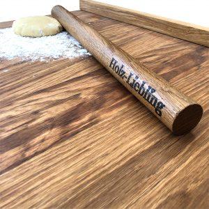 Teigrolle Nudelholz aus Eichenholz mit Gravur