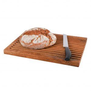 Brotschneidebrett Eichenholz mit Brot und Messer