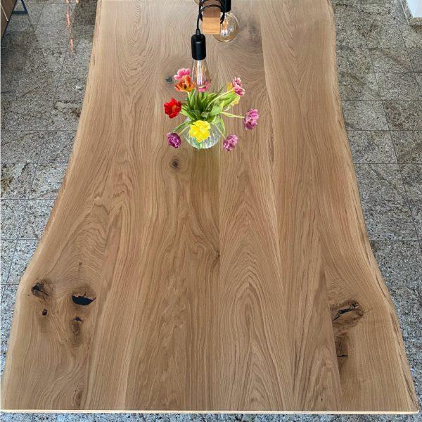 Holzesstisch rustikal