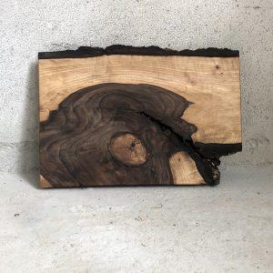 Rustikales Nussbaum Schneidebrett