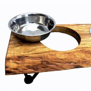 Futterbar für Hunde aus Holz