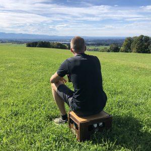 bierkastensitz-berge-chiemgau-eichenholz